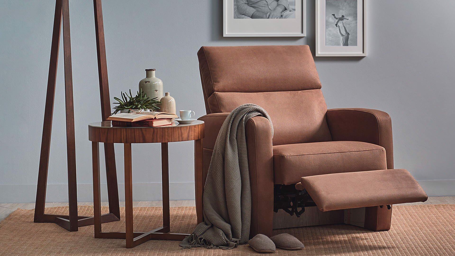 Oscar Grandfather Chair