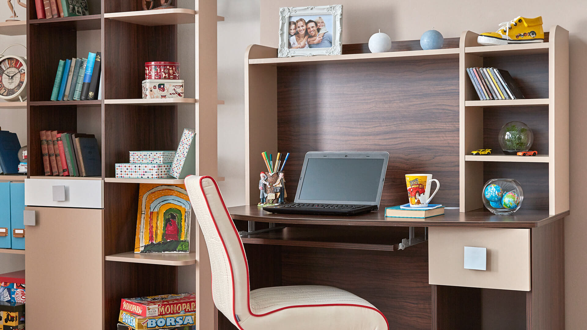 Smart Desk Bookcase