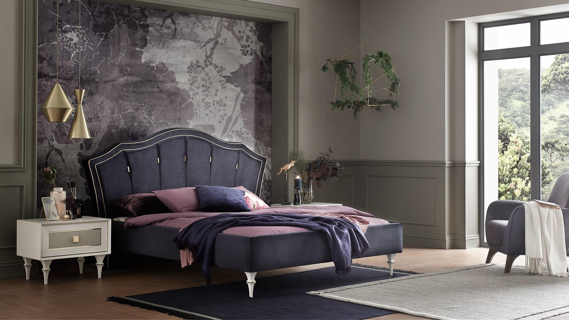 Catherine Bedroom Set