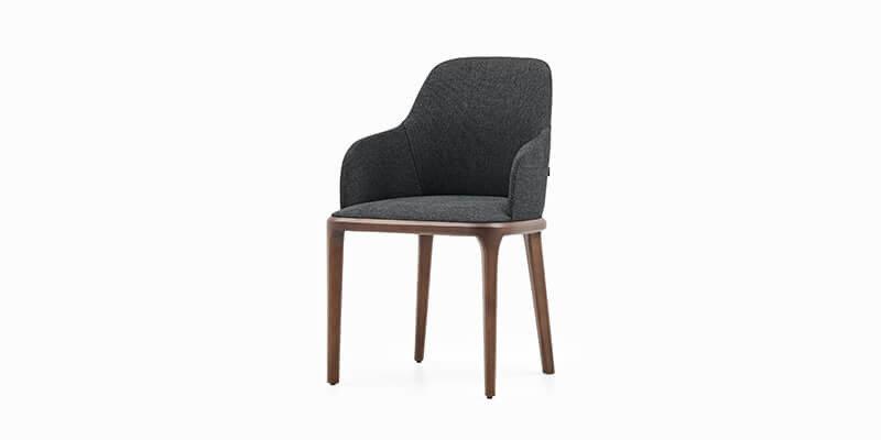 Logan Plus Chaise
