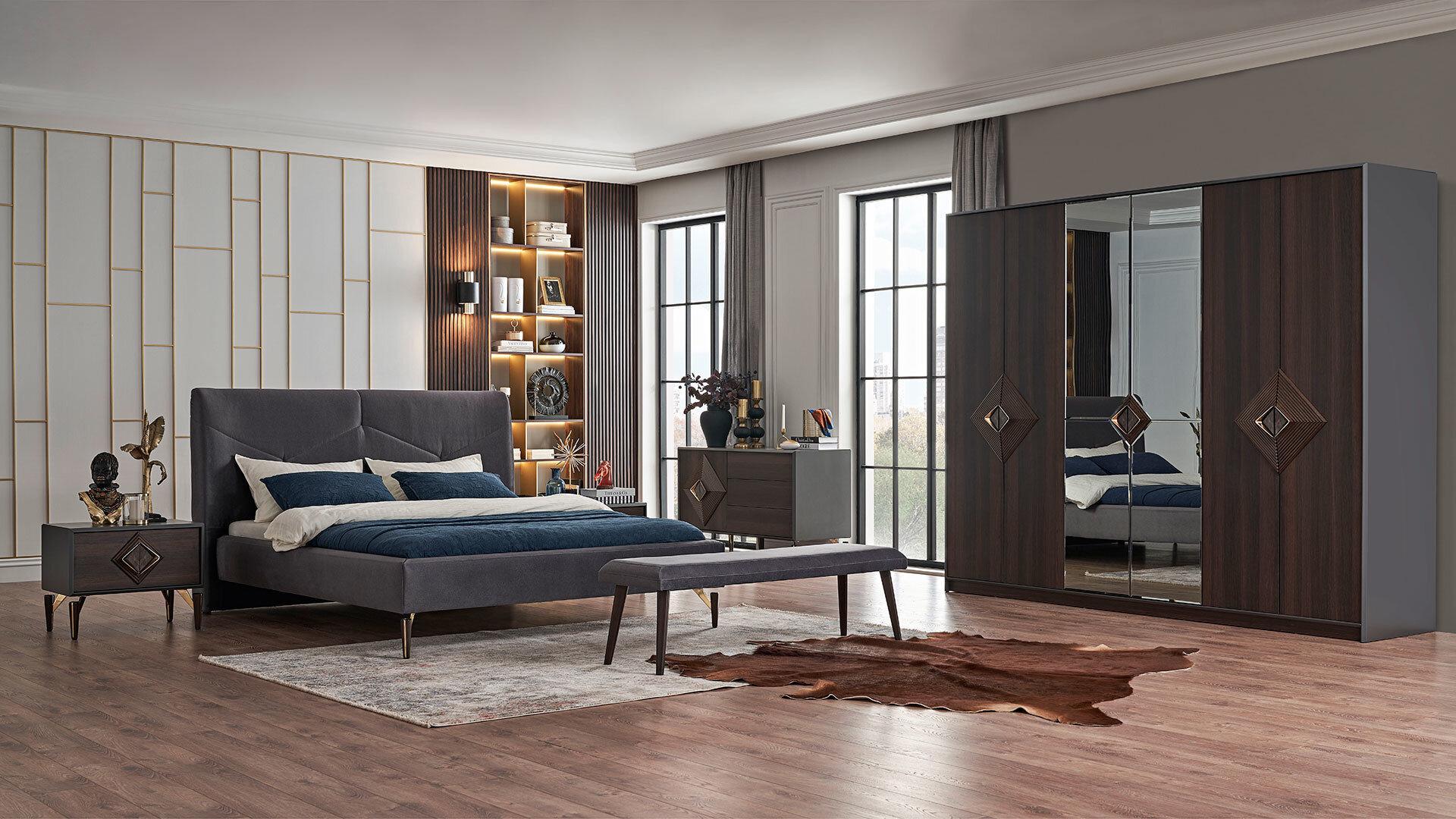 Valentın Yatak Odası
