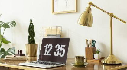 10 Minimalist Home Office Decoration Ideas