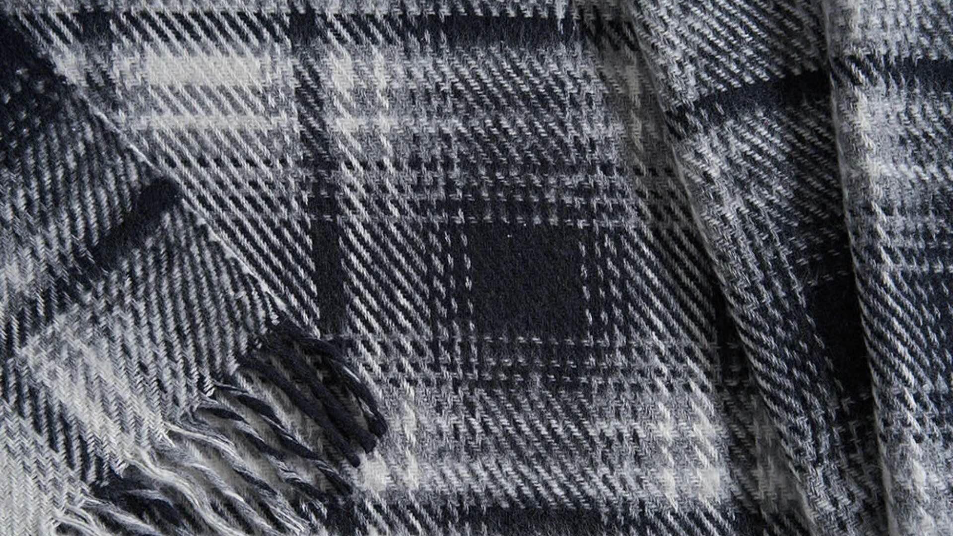 Monte Dark Blue Blanket