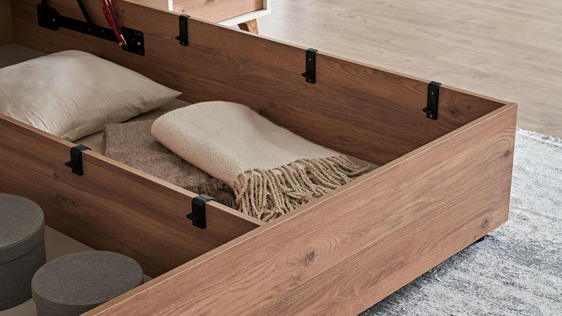 Кровать Mayer С Основанием 160X200