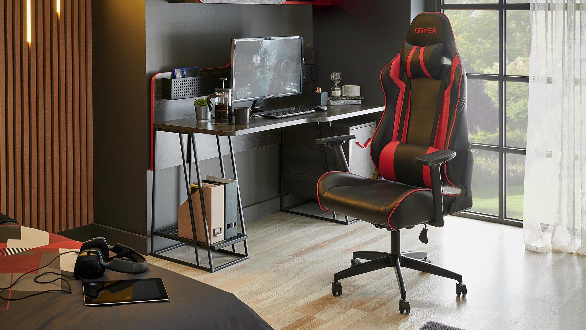 Gamer Gamer Room